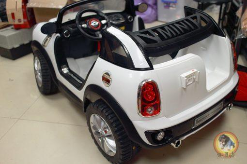 樂園毒-授權超跑-兒童超跑-兒童電動車-雙人座-左駕-寶馬-MINI Cooper-出租服務-婚禮出租