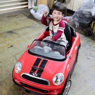 樂園毒-兒童超跑出租-婚禮花童-mini-燈光版-授權超跑-兒童電動車