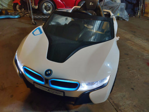 樂園毒-兒童超跑出租-婚禮花童-BMW-I8-銀-燈光版-兒童電動車